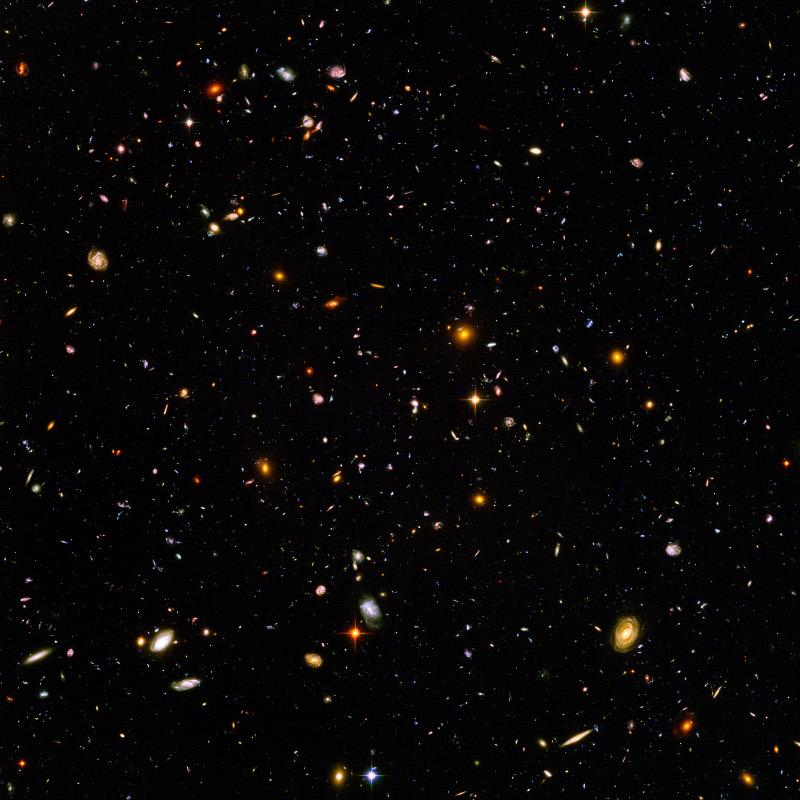 1 note Hubbleultradeepfieldhighrezedit1 is much larger 2